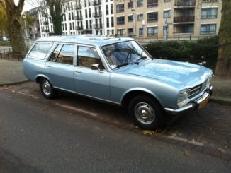 peugeot-504-1981-2